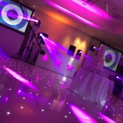 Brand new white / pearl setup, 6 x led beams, projector screens, pearl white 3 star design booth, led dance floor !!
